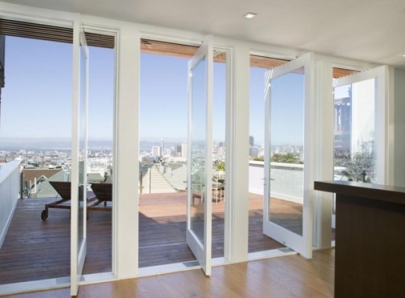 Поворотно-раздвижные балконные двери