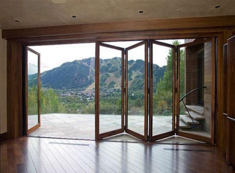 Деревянные балконные раздвижные двери